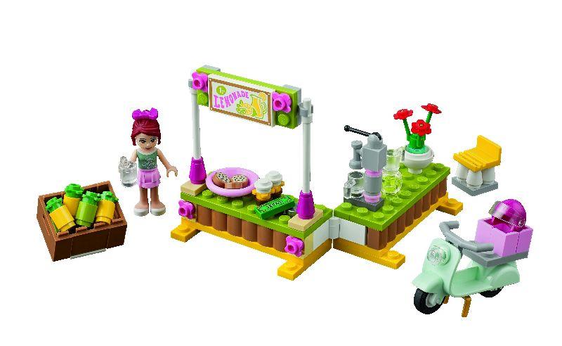 Lego Friends Standul cu limonada al Miei