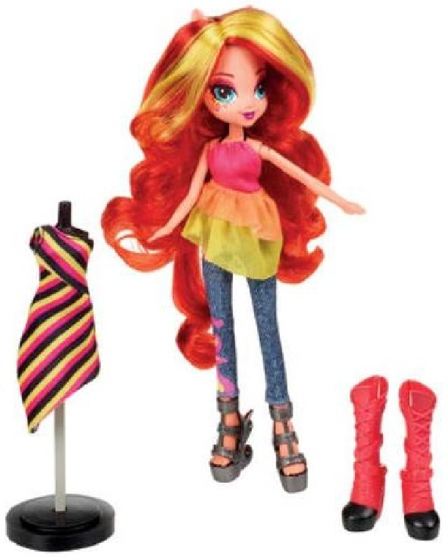 My little pony Equestria doll with fashion accessorys