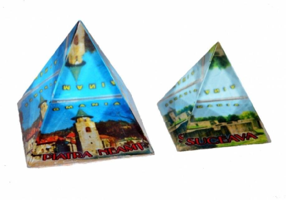Piramida mica din sticla cu oras 3x7cm