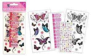 Set creativ tatuaje si manichiura