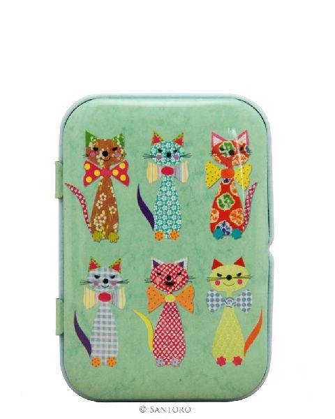 Panza curatat in cutie metalica,Cats in Bowties