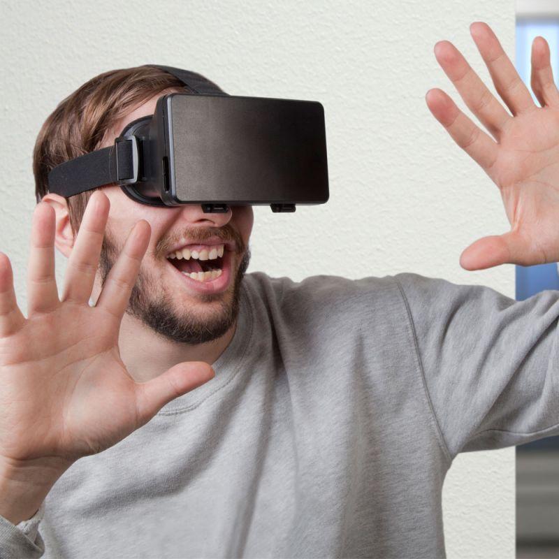 Dispozitiv realitate virtuala...
