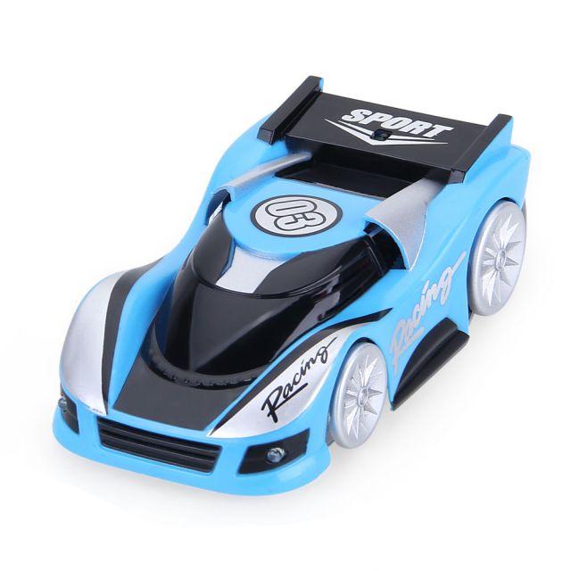 Masina cu telecomanda pentru tavan cu gravitate 0, albastru deschis