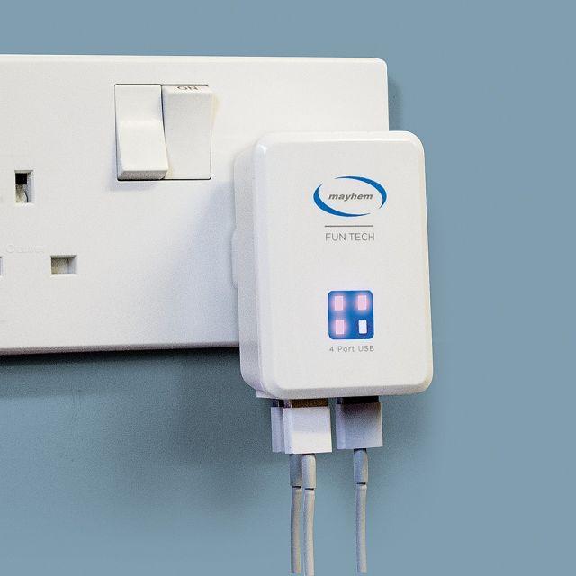 Incarcator pentru priza cu 4 porturi USB, Alb