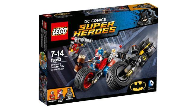 Lego-DC Comics Super Heroes,Urmarire cu motocicleta in orasul Gotham