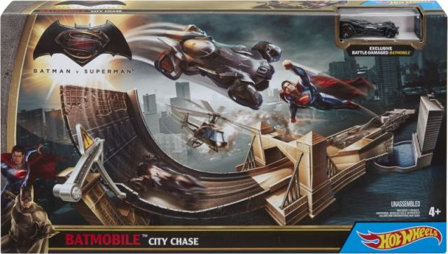 Circuit Hot Wheels,batman vs superman,city chase