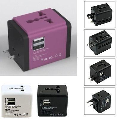 Adaptor travel cu USB, mov
