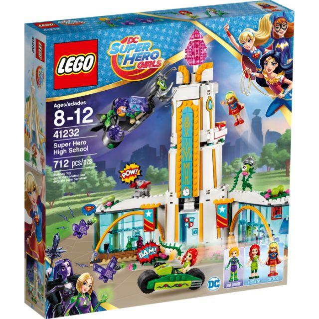 Lego-Super Heroes,Liceul super...