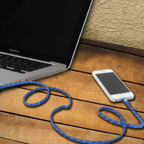 Cablu incarcare iPhone >5, cu led