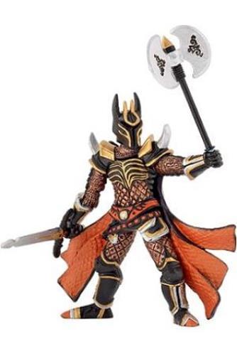 Cavaler cu topor de lupta triplu