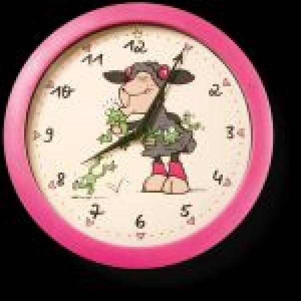 Ceas de perete, Lucy Mah