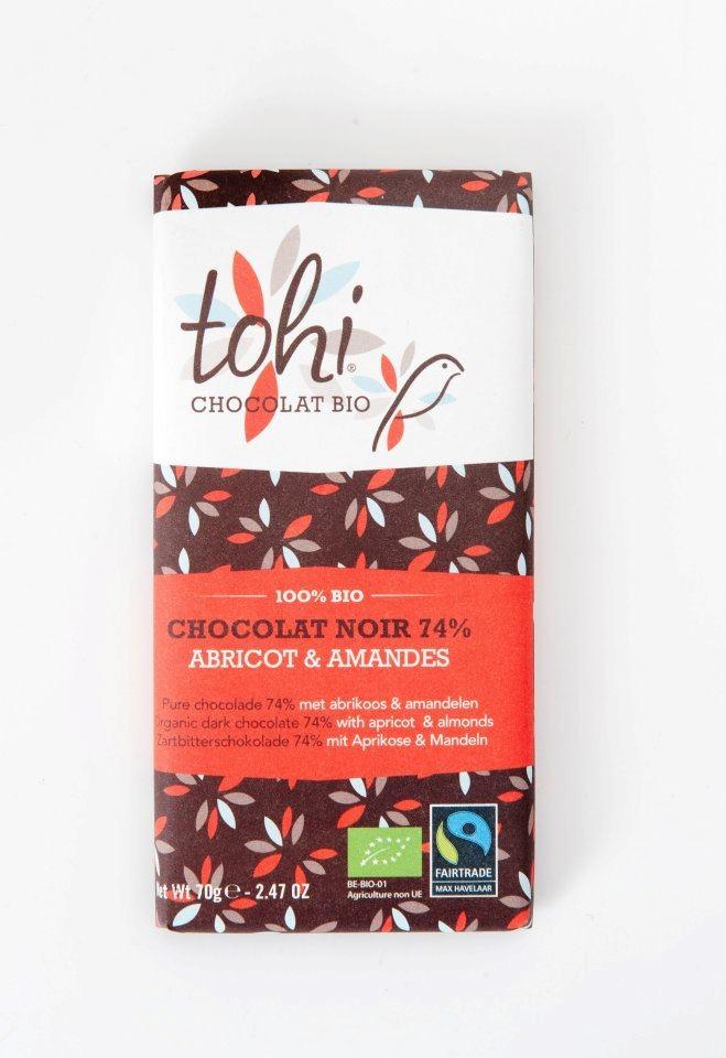 Ciocolata Tohi 70g, Neagra cu caise si migdale