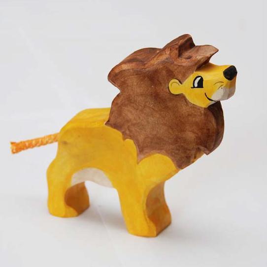 zzFigurina Leu din lemn