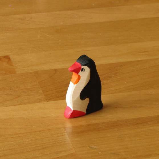 zzFigurina Pinguini din lemn 2