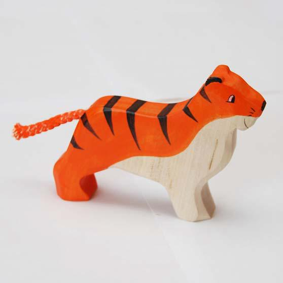 zzFigurina Tigru din lemn