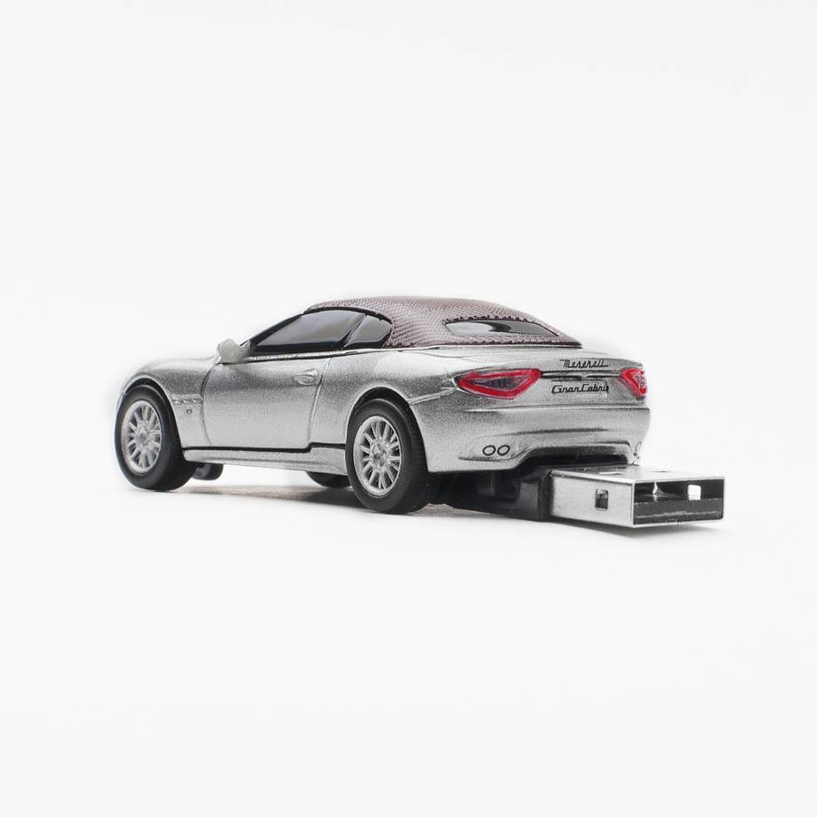 Stick Maserati 8GB,gri\n