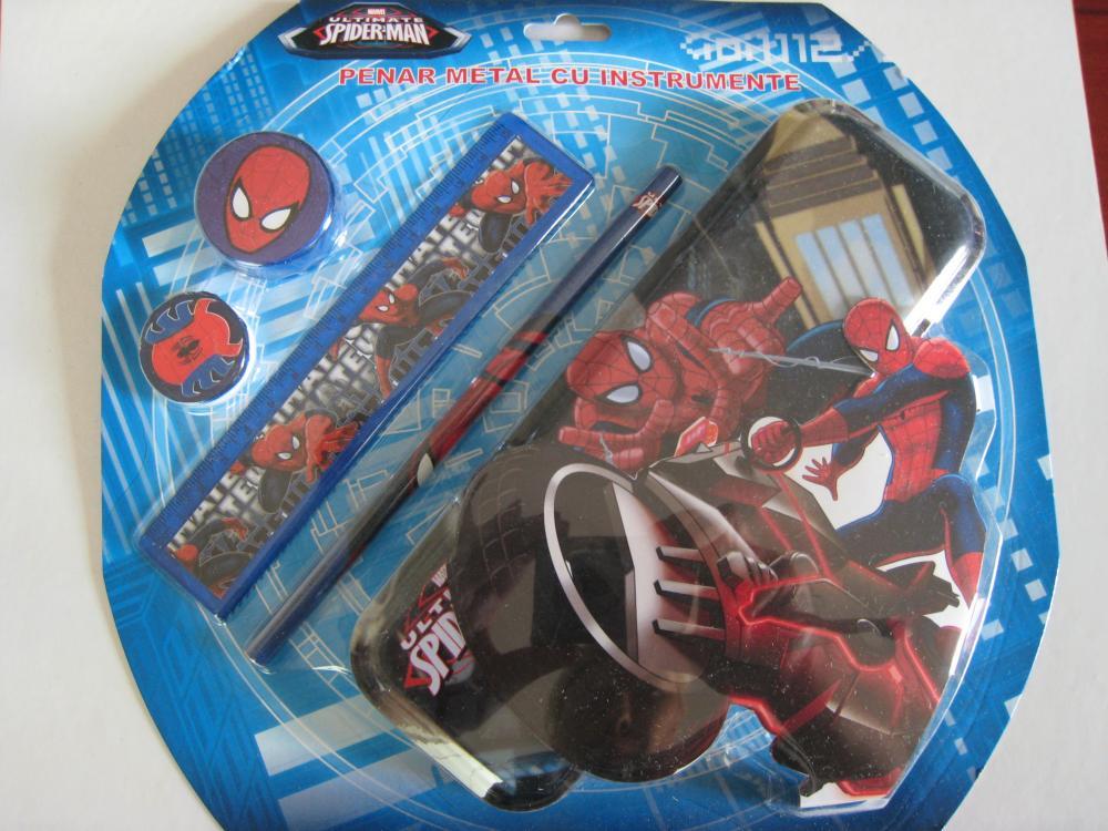 Penar metalic echipat, Spiderman