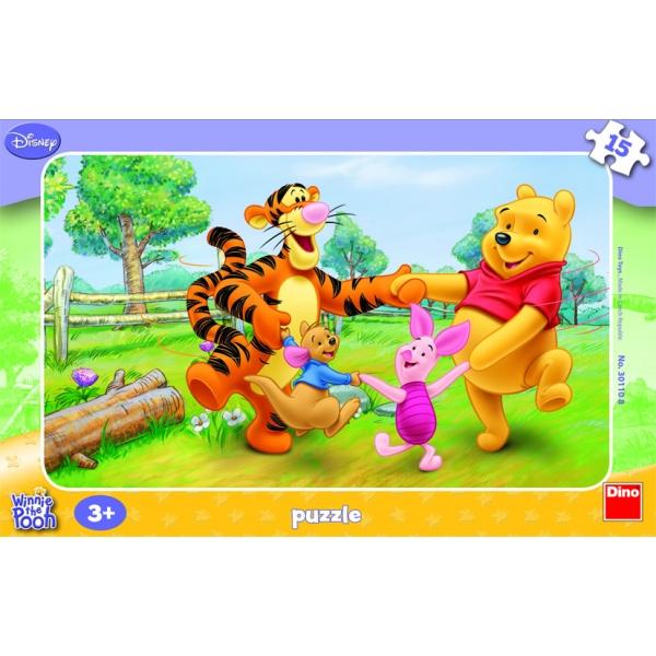 Puzzle contur Winnie the Pooh - Joaca in lunca, 15 pcs.