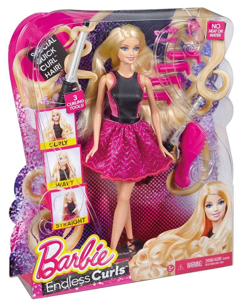 Set papusa Barbie isi onduleaza parul