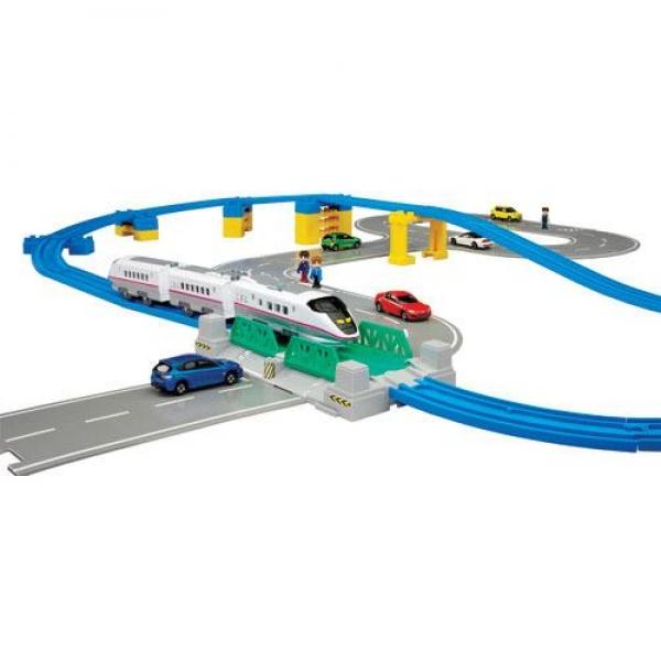 TOMICA Set drum si cale ferata