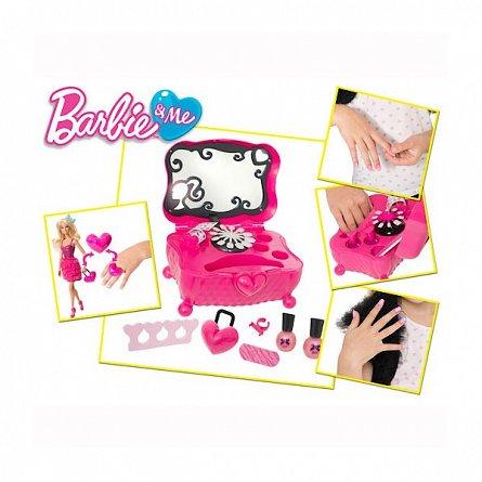 Barbie-Trusa manechiura,Barbie