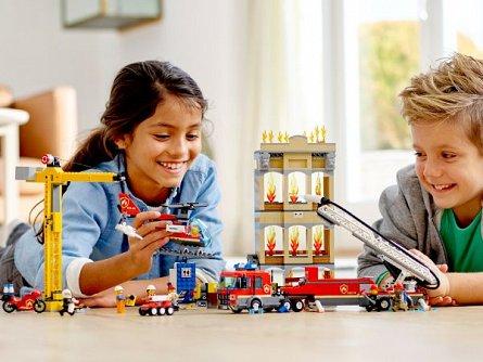 LEGO City Divizia pompierilor din centrul orasului