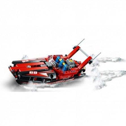 LEGO Technic Barca cu motor