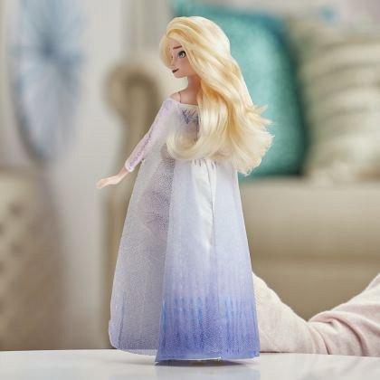 Papusa Frozen 2 - Elsa Musical Adventure