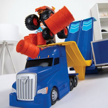 Masina Monster Jam - Set joaca Camionul convertibil in arena