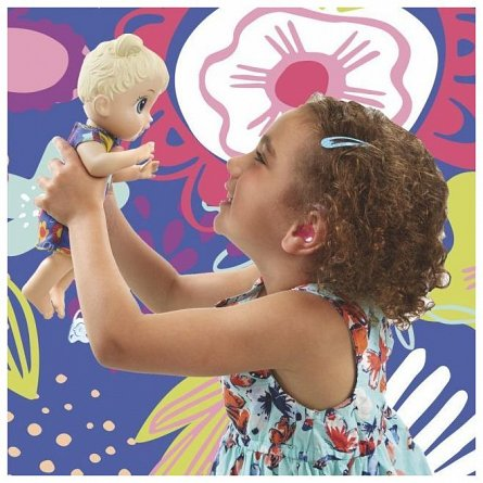 Papusa Baby Alive - Lil blonda cu sunete