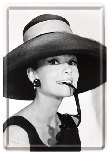 CARTE POSTALA AUDREY HEPBURN HAT & GLASS